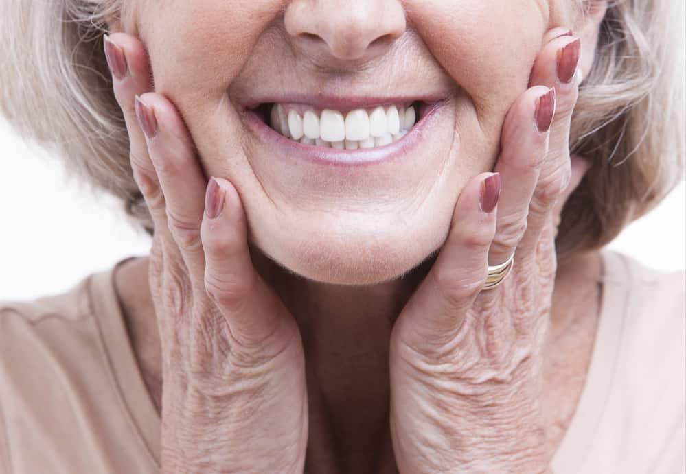 התאמה מלאה של השיניים התותבות אל המטופל