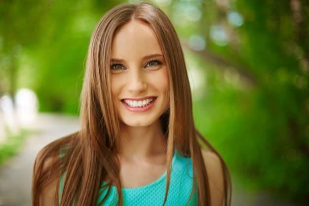שיקום שיניים עם פיגמנטציה
