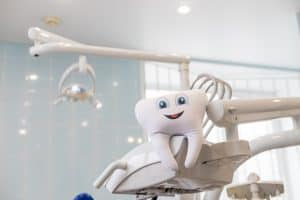 שיניים תותבות גמישות – מה מייחד אותן?