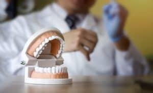 שן בינה כלואה