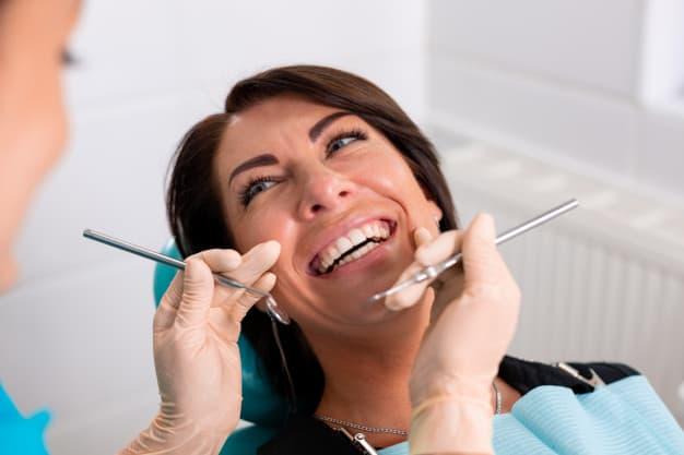 יתרונות הטיפול אצל מומחה לשיקום הפה
